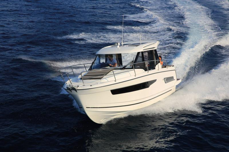 Merry Fisher 895 │ Merry Fisher of 9m │ Boat Outboard Jeanneau  16347