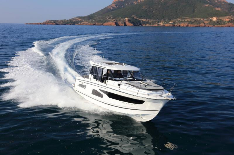 Merry Fisher 1095 │ Merry Fisher of 11m │ Boat powerboat Jeanneau  16223