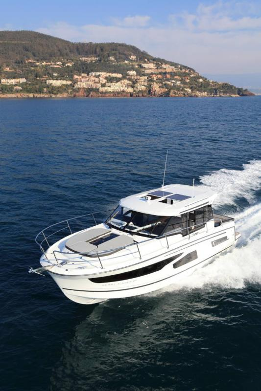 Merry Fisher 1095 │ Merry Fisher of 11m │ Boat powerboat Jeanneau  16227
