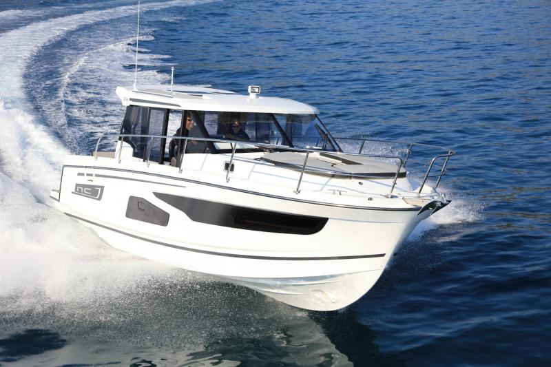 NC 1095 │ NC of 11m │ Boat Outboard Jeanneau  15343