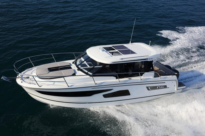 NC 1095 │ NC of 11m │ Boat Outboard Jeanneau  15349