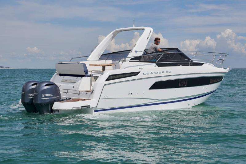 Leader 30 Exterior Views 33
