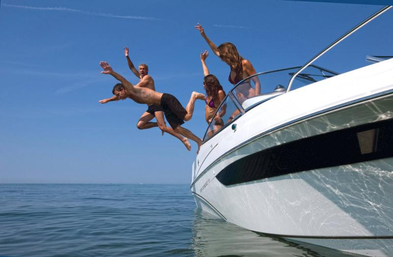 Cap Camarat 7.5 DC │ Cap Camarat Day Cruiser de 7m │ Bateaux Hors Bord Jeanneau 3-Lifestyle 12962