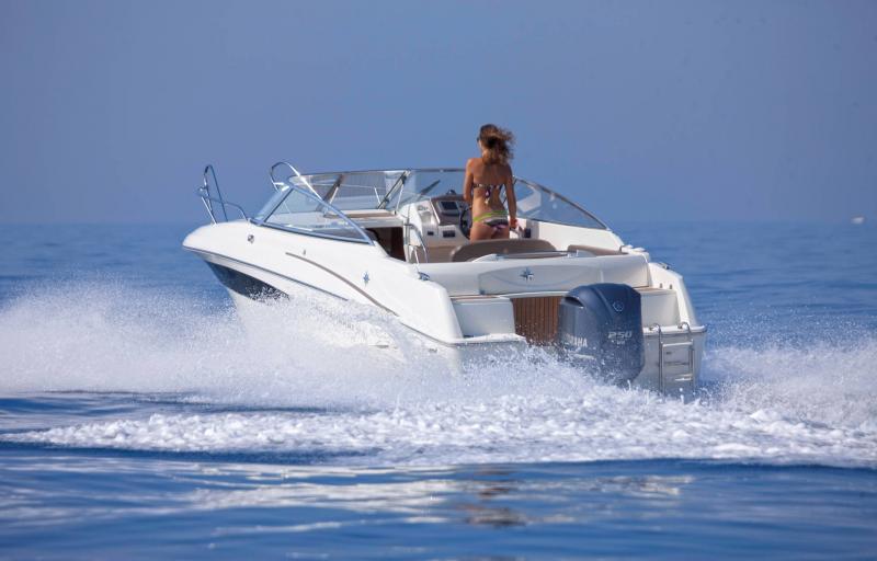 Cap Camarat 7.5 DC │ Cap Camarat Day Cruiser de 7m │ Bateaux Hors Bord Jeanneau 1-Navigation 12960