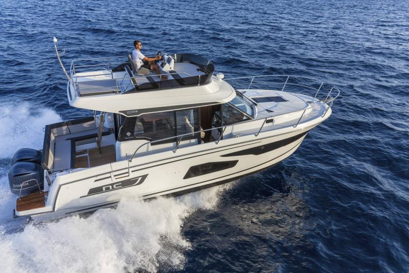 NC 1095 Fly │ NC Weekender of 10m │ Boat powerboat Jeanneau  21019
