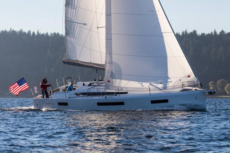 Sun Odyssey 440 │ Sun Odyssey Walk-Around of 13m │ Boat Veleros Jeanneau 1-Navigation 15216
