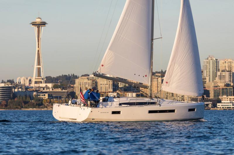 Sun Odyssey 490 │ Sun Odyssey Walk-Around of 14m │ Boat Sailboat Jeanneau 1-Navigation 15237