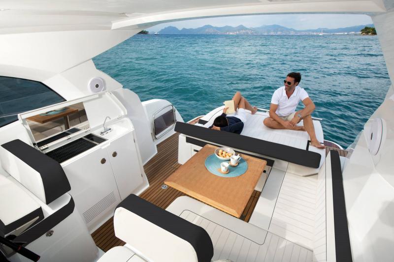 Leader 36 │ Leader of 12m │ Boat Inbord Jeanneau  14306