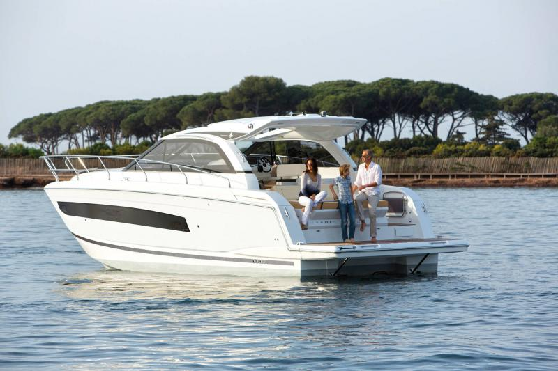 Leader 40 │ Leader of 12m │ Boat Intra-borda Jeanneau  14338