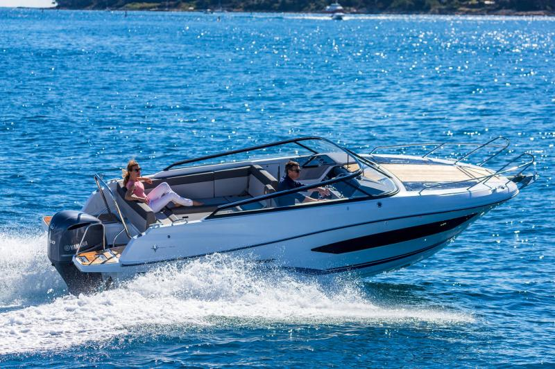 Cap Camarat 7.5 DC série 2 │ Cap Camarat Day Cruiser of 7m │ Boat Außenbord Jeanneau  15994