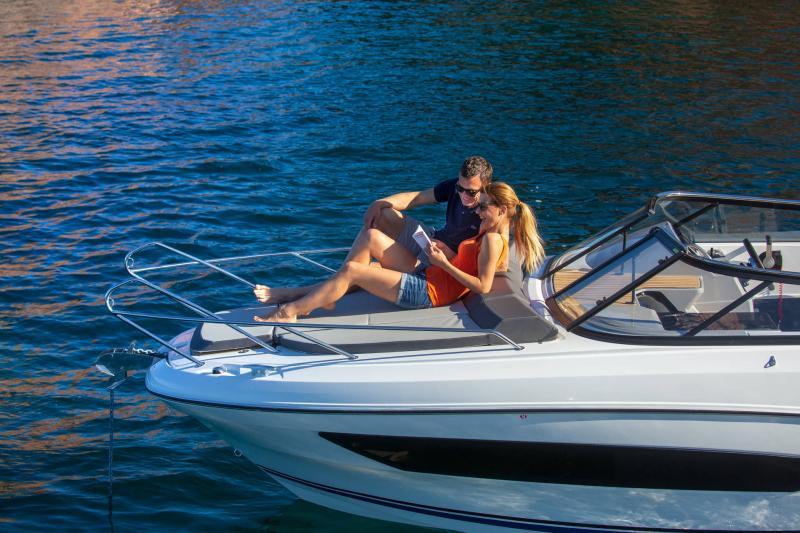 Cap Camarat 7.5 DC série 2 │ Cap Camarat Day Cruiser of 7m │ Boat Außenbord Jeanneau  15983
