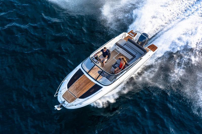 Cap Camarat 7.5 DC série 2 │ Cap Camarat Day Cruiser of 7m │ Boat Außenbord Jeanneau  15990