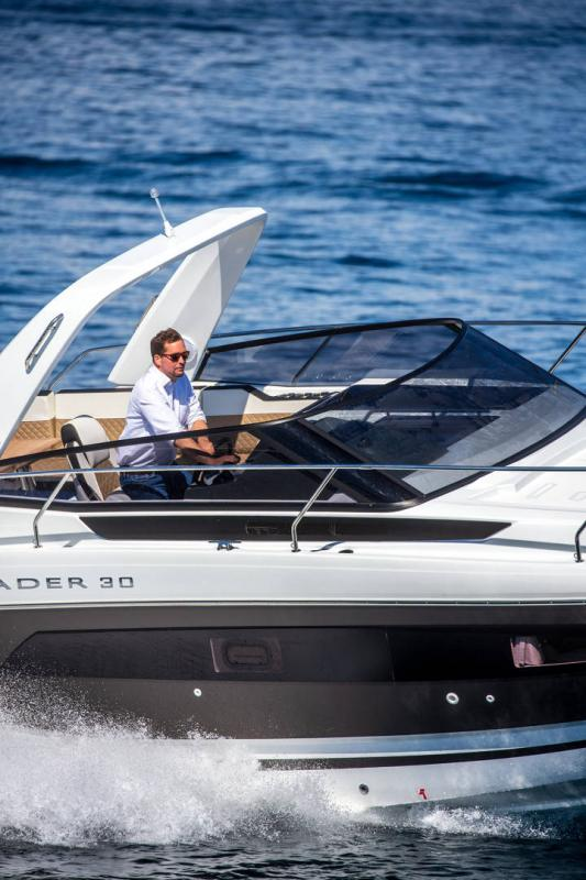 Leader 30 │ Leader of 9m │ Boat Inboard Jeanneau Outboard version 16461
