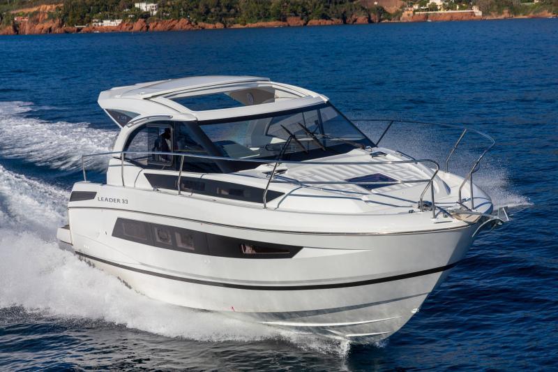 Leader 33 │ Leader de 11m │ Bateaux In Bord Jeanneau Version Hors-Bord 16715