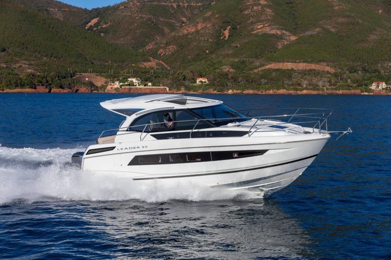 Leader 33 │ Leader de 11m │ Bateaux In Bord Jeanneau Version Hors-Bord 16711