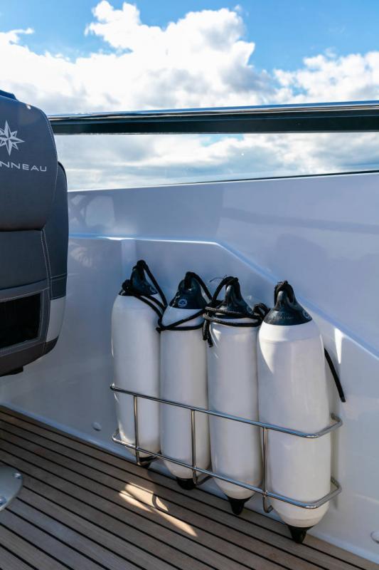 Cap Camarat 7.5 DC série 2 │ Cap Camarat Day Cruiser of 7m │ Boat Außenbord Jeanneau  15977