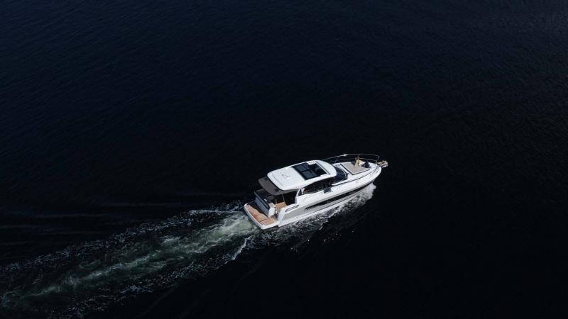 NC 37 │ NC of 11m │ Boat Inboard Jeanneau  15836