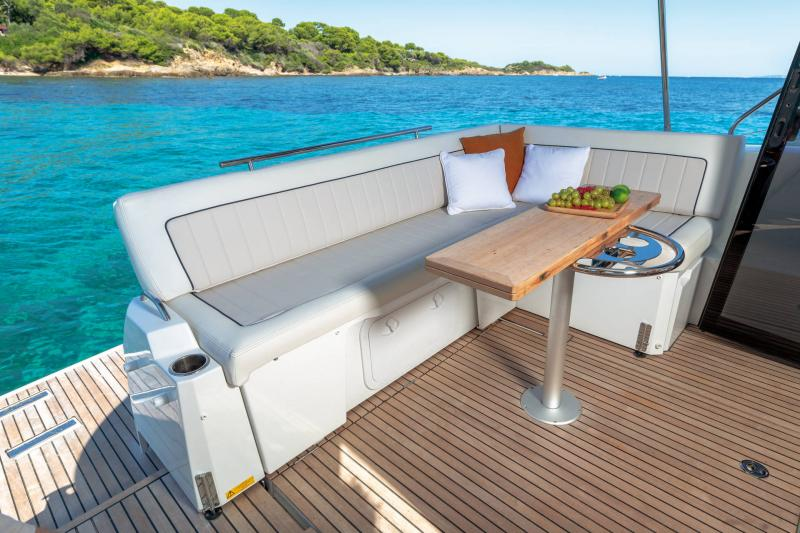 NC 37 │ NC of 11m │ Boat Inboard Jeanneau  16988