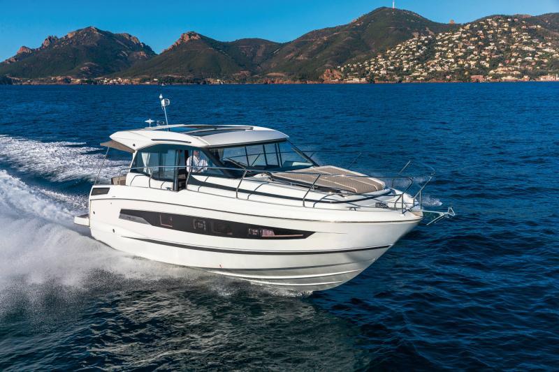 NC 37 │ NC of 11m │ Boat Inboard Jeanneau  16990