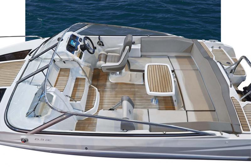 Cap Camarat 6.5 DC │ Cap Camarat Day Cruiser de 6m │ Bateaux Hors Bord Jeanneau  11112