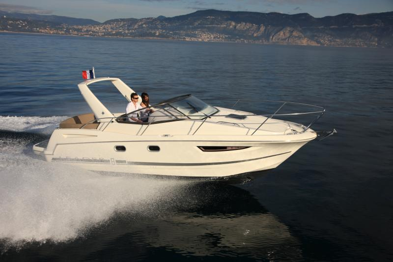 Leader 8 │ Leader of 9m │ Boat powerboat Jeanneau boat Leader-Leader8 61