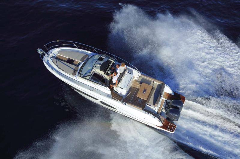 Cap Camarat 10.5 WA │ Cap Camarat Walk Around of 11m │ Boat Outboard Jeanneau  11226