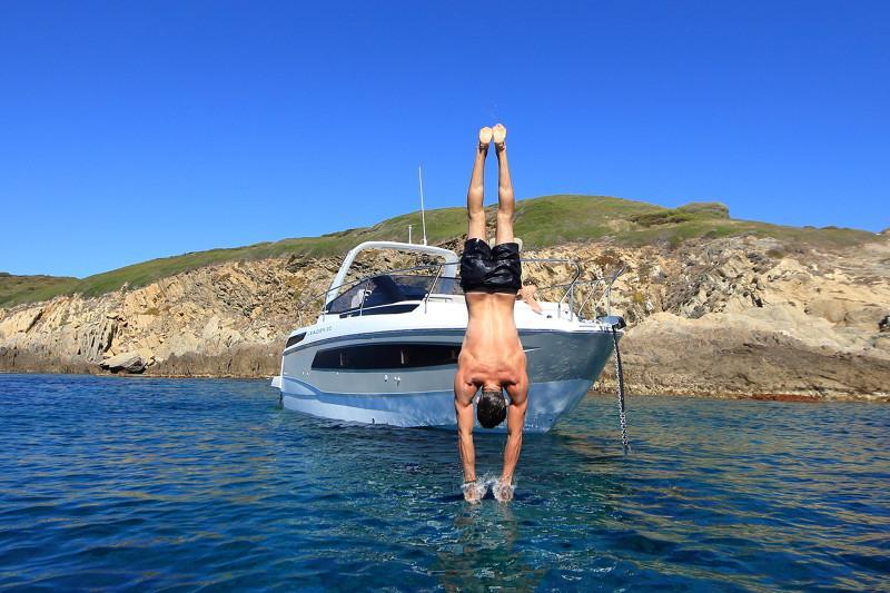 Leader 30 OB │ Leader of 9m │ Boat powerboat Jeanneau  12915