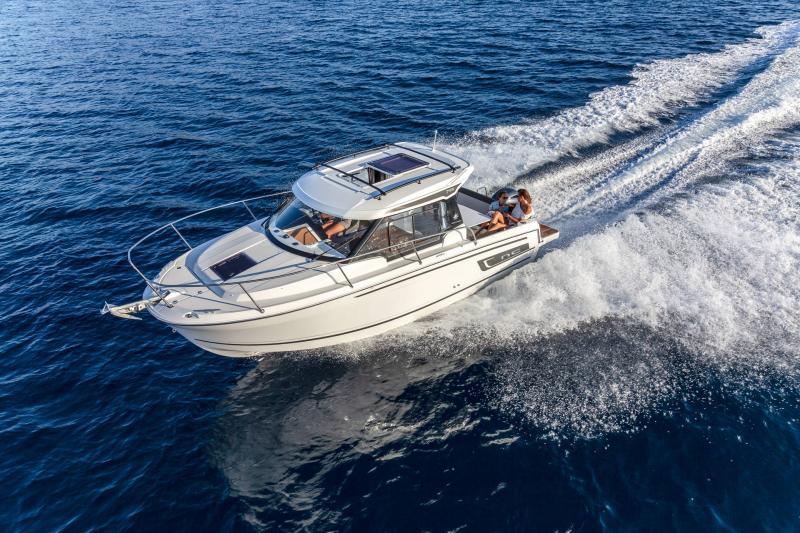 NC 795 Series 2 │ NC Weekender of 8m │ Boat powerboat Jeanneau  21940
