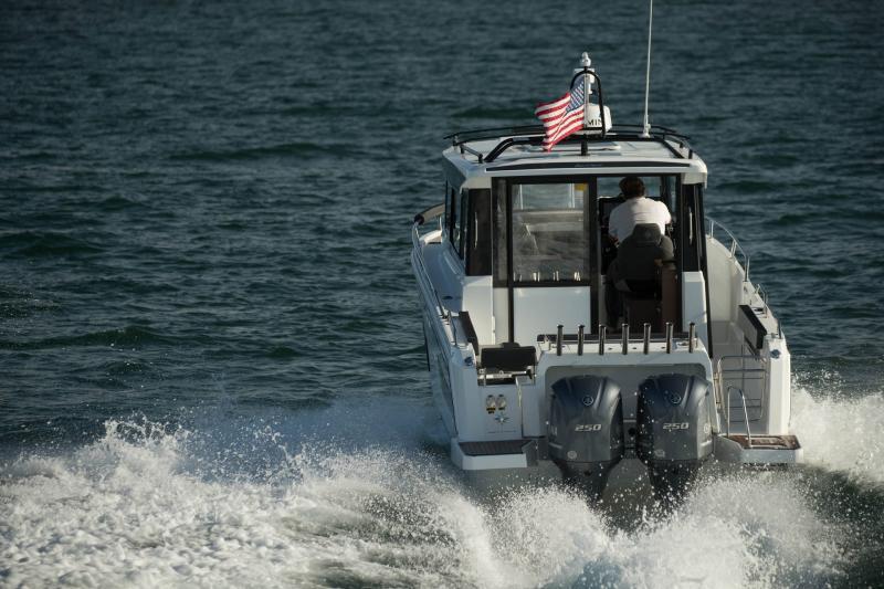 NC 895 Sport │ NC Sport of 9m │ Boat Outboard Jeanneau  18988