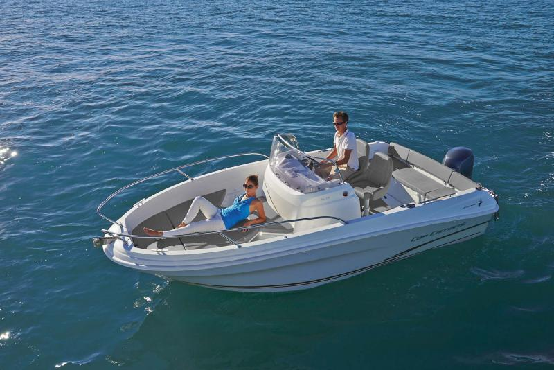Cap Camarat 5.5 CC │ Cap Camarat Center Console of 5m │ Boat powerboat Jeanneau  10965
