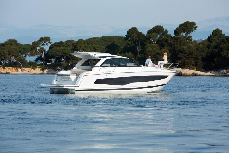 Leader 40 │ Leader of 12m │ Boat powerboat Jeanneau  22125