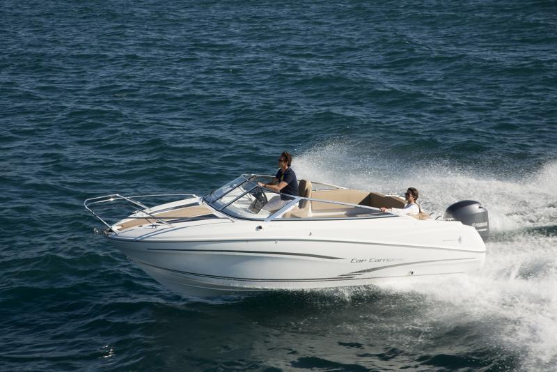 Cap Camarat 6.5 DC │ Cap Camarat Day Cruiser of 6m │ Boat powerboat Jeanneau boat Cap_Camarat_DC-6.5DC2 733