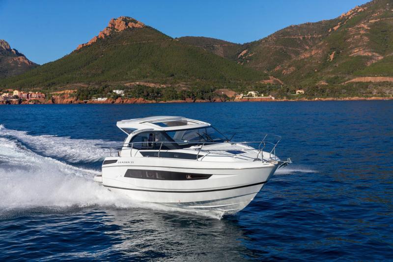 Leader 33 │ Leader de 11m │ Bateaux powerboat Jeanneau Version Hors-Bord 18283
