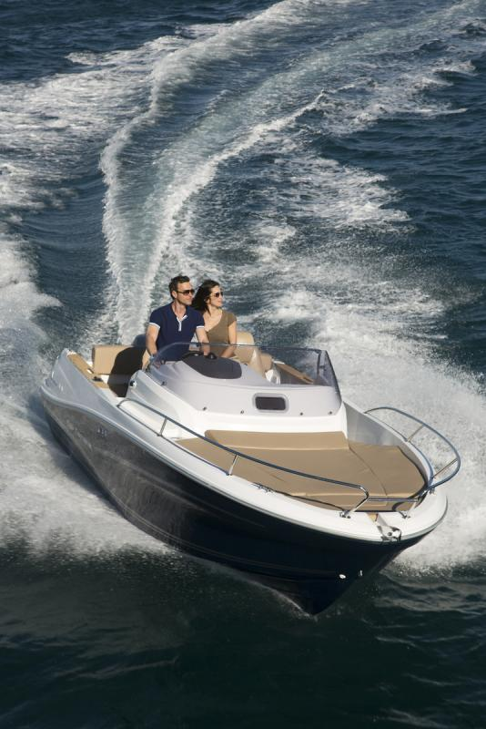 Cap Camarat 6.5 WA │ Cap Camarat Walk Around of 7m │ Boat powerboat Jeanneau boat Cap_Camarat_WA-6.5WA2 762