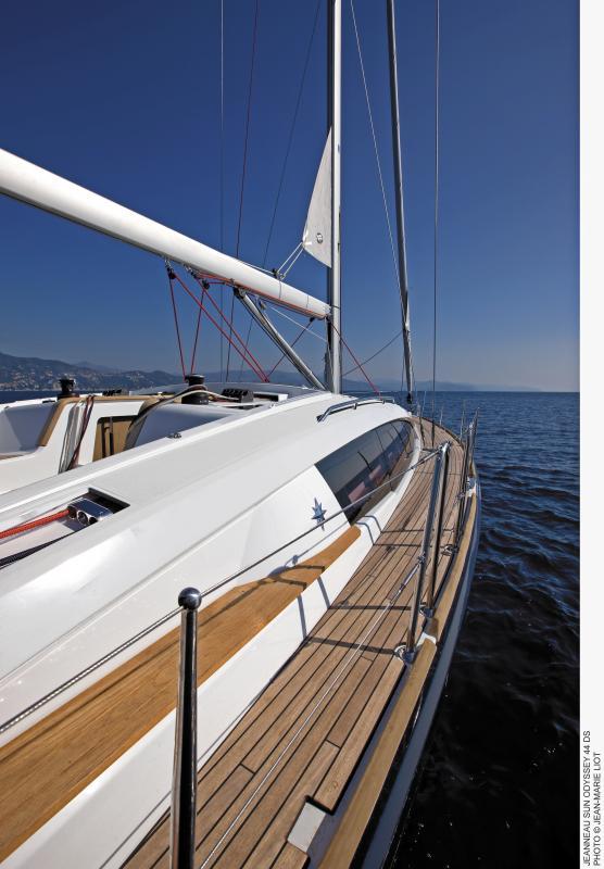 Sun Odyssey 44 DS │ Sun Odyssey DS of 13m │ Boat Sailboat Jeanneau boat Sun-Odyssey-DS-44DS 379
