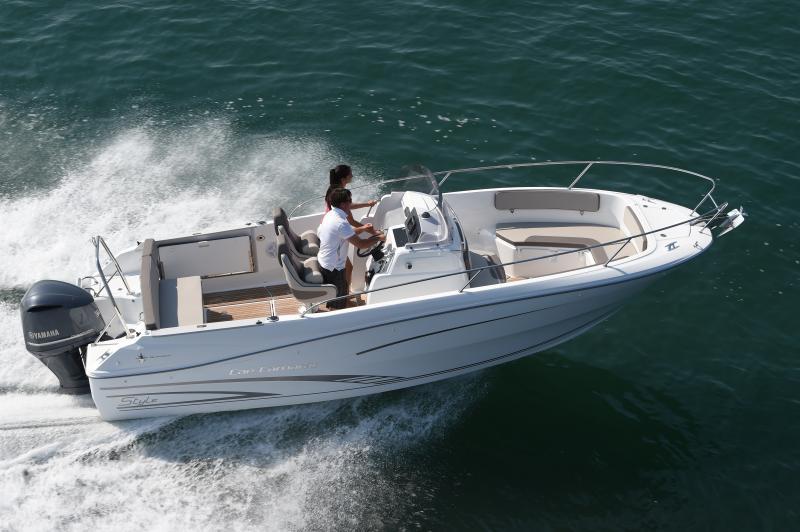 Cap Camarat 7.5 CC │ Cap Camarat Center Console of 7m │ Boat powerboat Jeanneau barco Cap_Camarat_CC-7.5CCs2 999