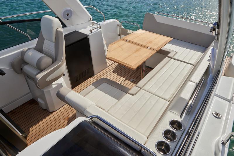 Leader 30 OB │ Leader of 9m │ Boat powerboat Jeanneau  12922
