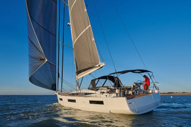 Jeanneau Yachts 60 │ Jeanneau Yachts of 18m │ Boat Sailboat Jeanneau 3/4 back 22542