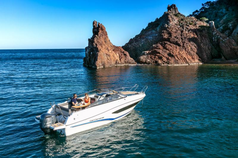 Cap Camarat 7.5 DC │ Cap Camarat Day Cruiser of 7m │ Boat powerboat Jeanneau  17281