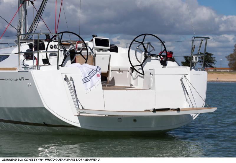 Sun Odyssey 419 │ Sun Odyssey de 13m │ Bateaux Voiliers Jeanneau  19368