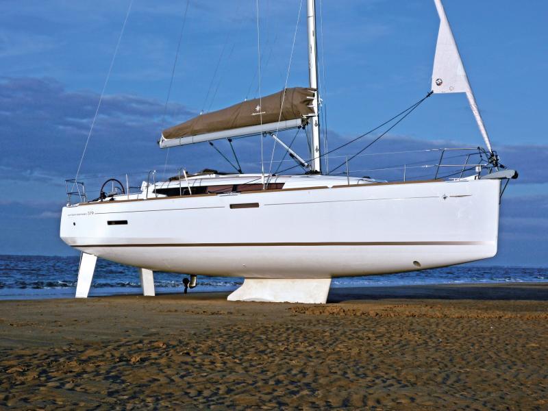 Sun Odyssey 379 │ Sun Odyssey of 11m │ Boat Sailboat Jeanneau  8346