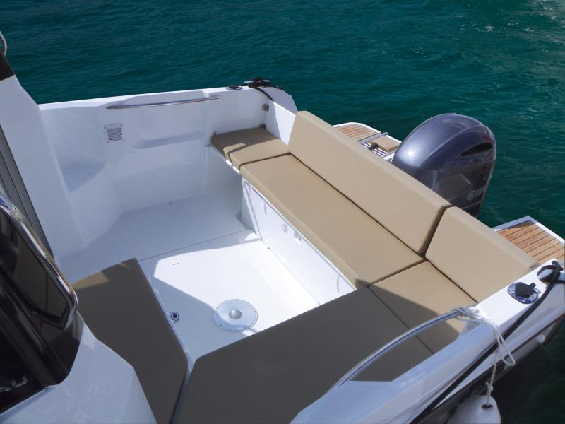 Merry Fisher 695 │ Merry Fisher of 7m │ Boat Outboard Jeanneau  239