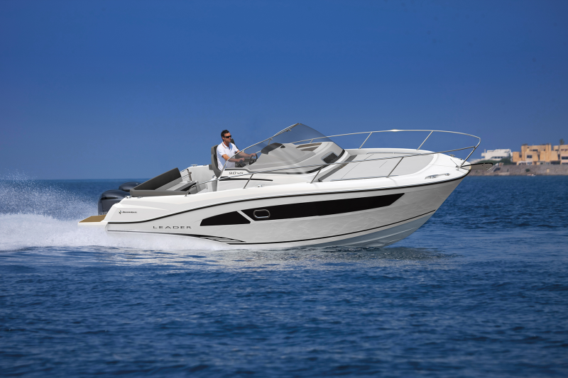 Leader 9.0 Exterior Views 44