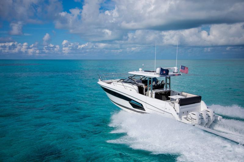 Leader 12.5 │ Leader WA of 12m │ Boat powerboat Jeanneau  21621