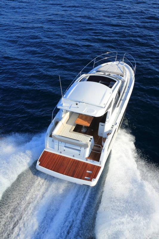 Leader 33 │ Leader of 11m │ Boat Inboard Jeanneau 1-Navigation 18321