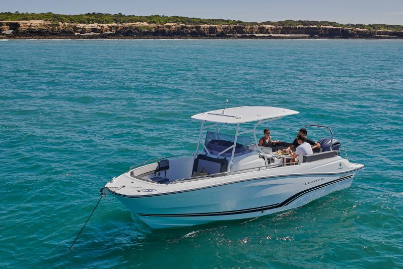 Leader 7.5 CC Series 3 │ Leader CC of 7m │ Boat powerboat Jeanneau  23216
