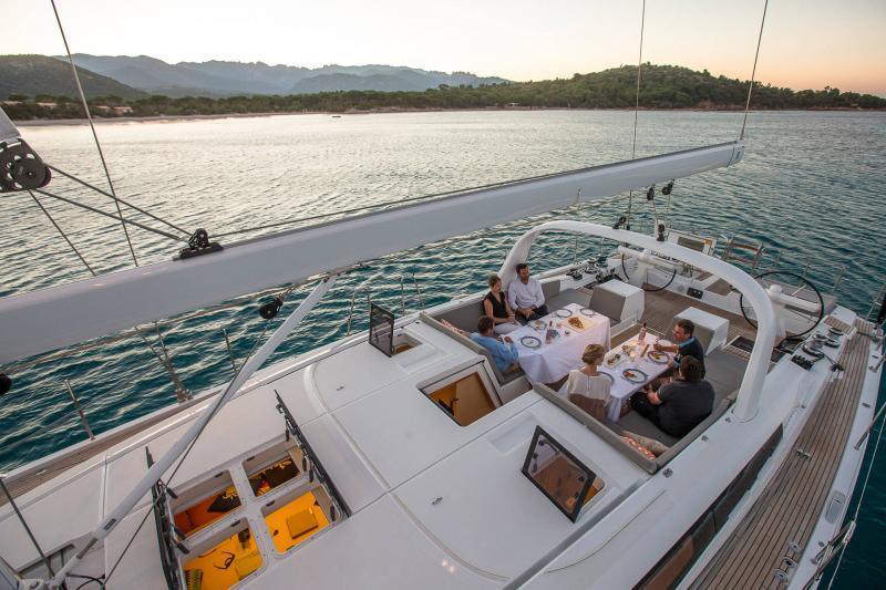 Jeanneau Yachts 64 │ Jeanneau Yachts de 20m │ Bateaux Voiliers Jeanneau  17610