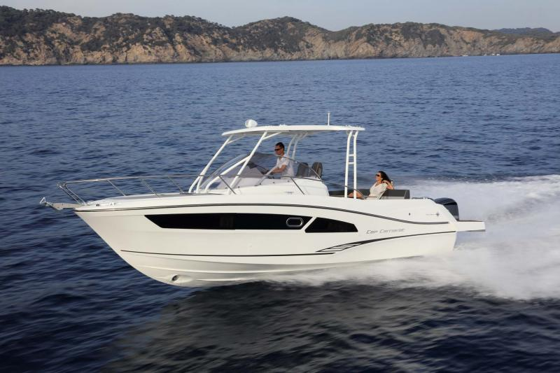 Leader 9.0 Exterior Views 36