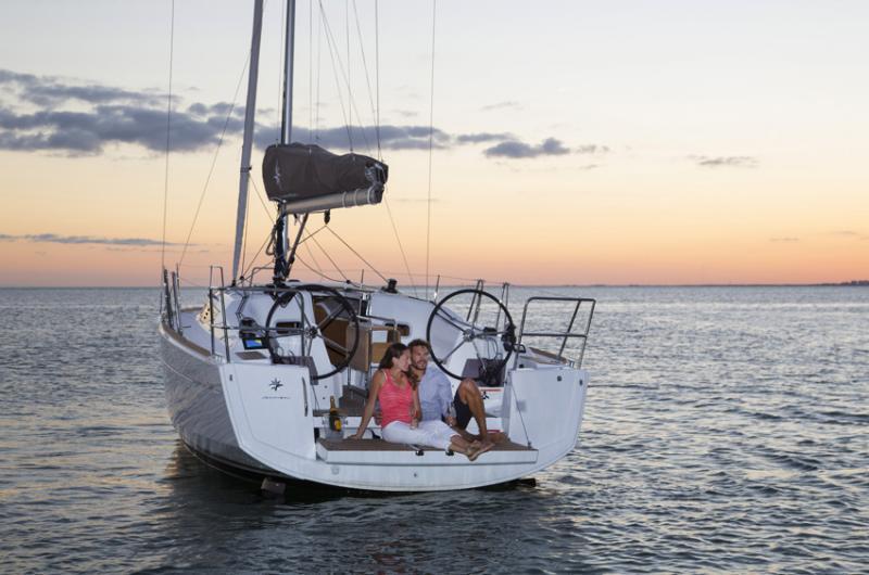 Sun Odyssey 349 │ Sun Odyssey of 10m │ Boat Sailboat Jeanneau boat Sun-Odyssey-349 230