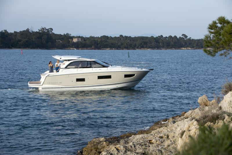 Leader 40 Exterior Views 18
